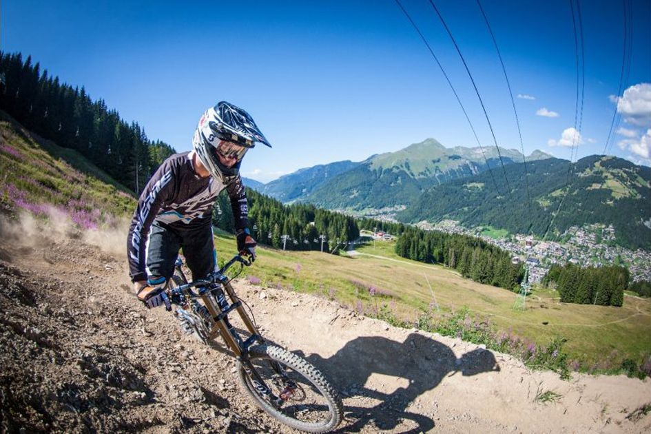 Damian Mc Arthur - Mountain Biking Morzine