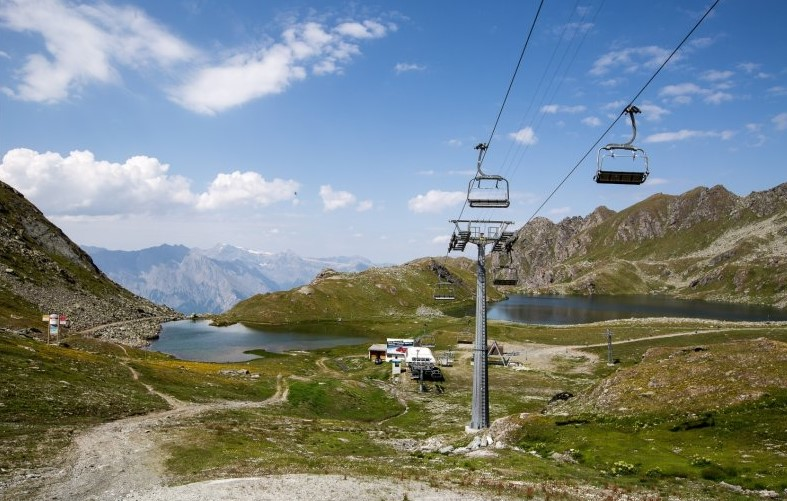 chairlifts, socially distanced holiday Verbier