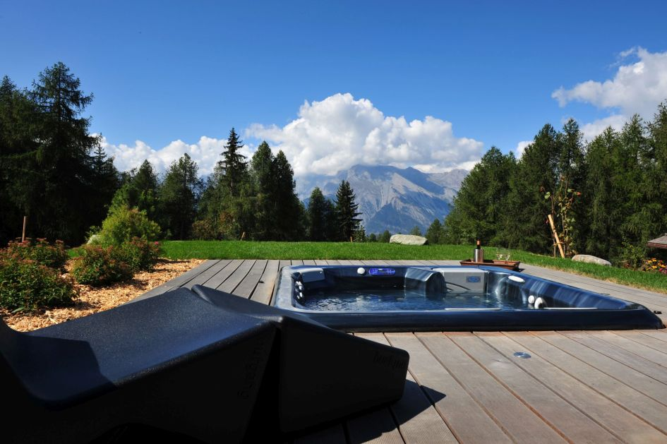 alpine retreat, escapism holidays, secluded mountain cabins, remote chalets in Switzerland