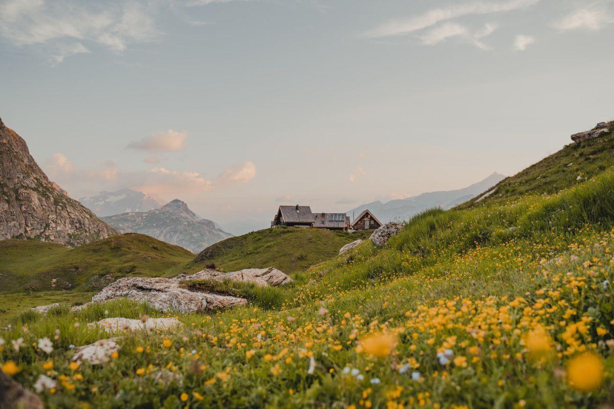 mountain refuge Vanoise National Park, places to stay Vanoise National Park