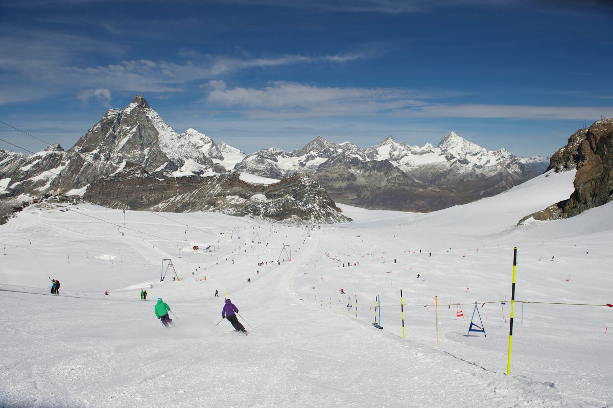summer skiing Zermatt, summer skiing in the Alps, glacier skiing Zermatt, glacier skiing in the Alps, glacier skiing in Switzerland, summer skiing in Switzerland